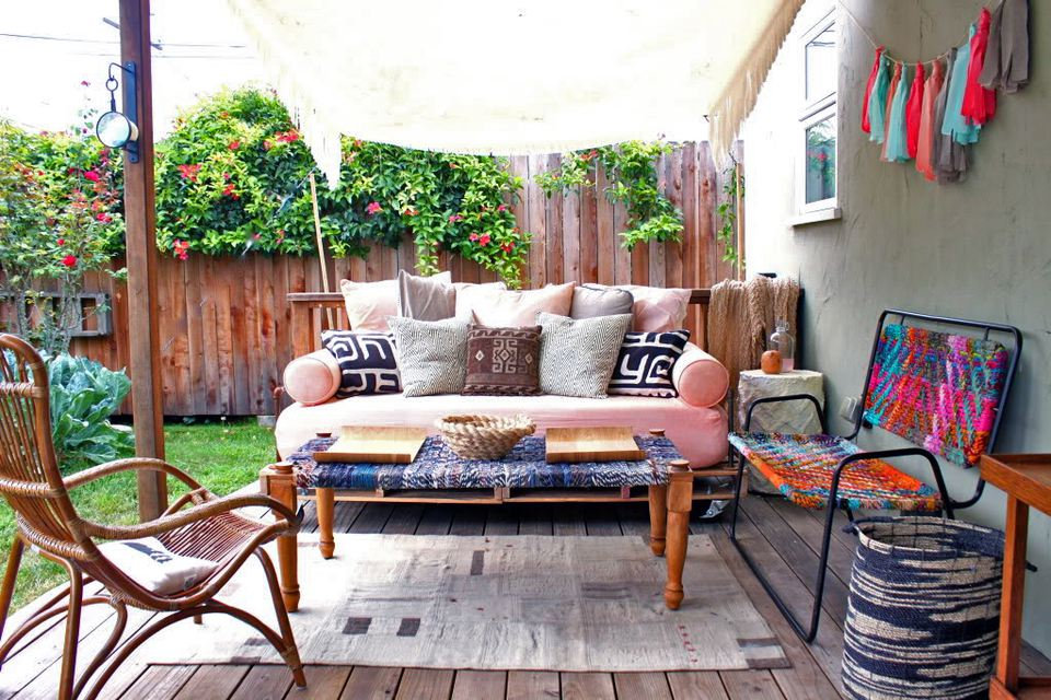 14 Best Outdoor Decorating Ideas for Small Spaces on Patio Decor Ideas id=97924