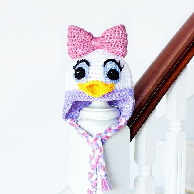 Daisy Duck crochet hat free pattern