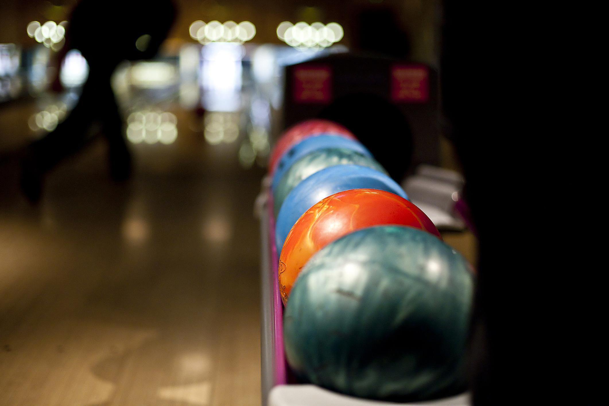 bowling alleys in the albuquerque area