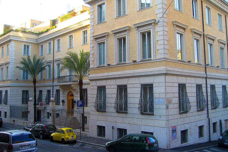 Capo D'Africa Hotel Building