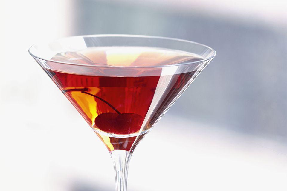 Maker's Mark Mile High Manhattan Whiskey Cocktail