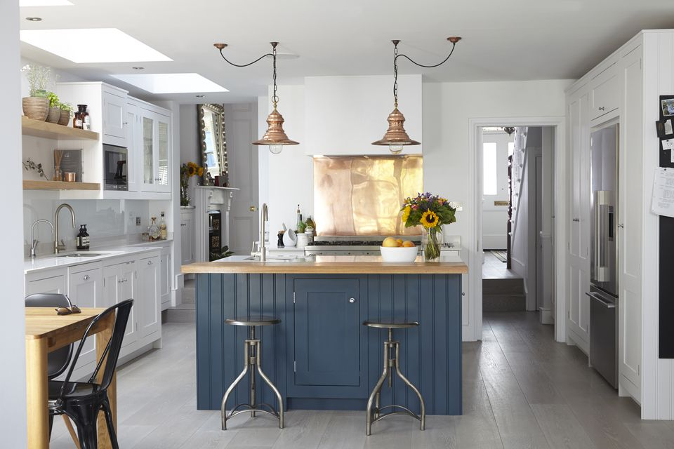 farmhouse kitchen cabinets. Blakes London farmhouse kitchen 2 49 Gorgeous Modern Farmhouse Kitchens