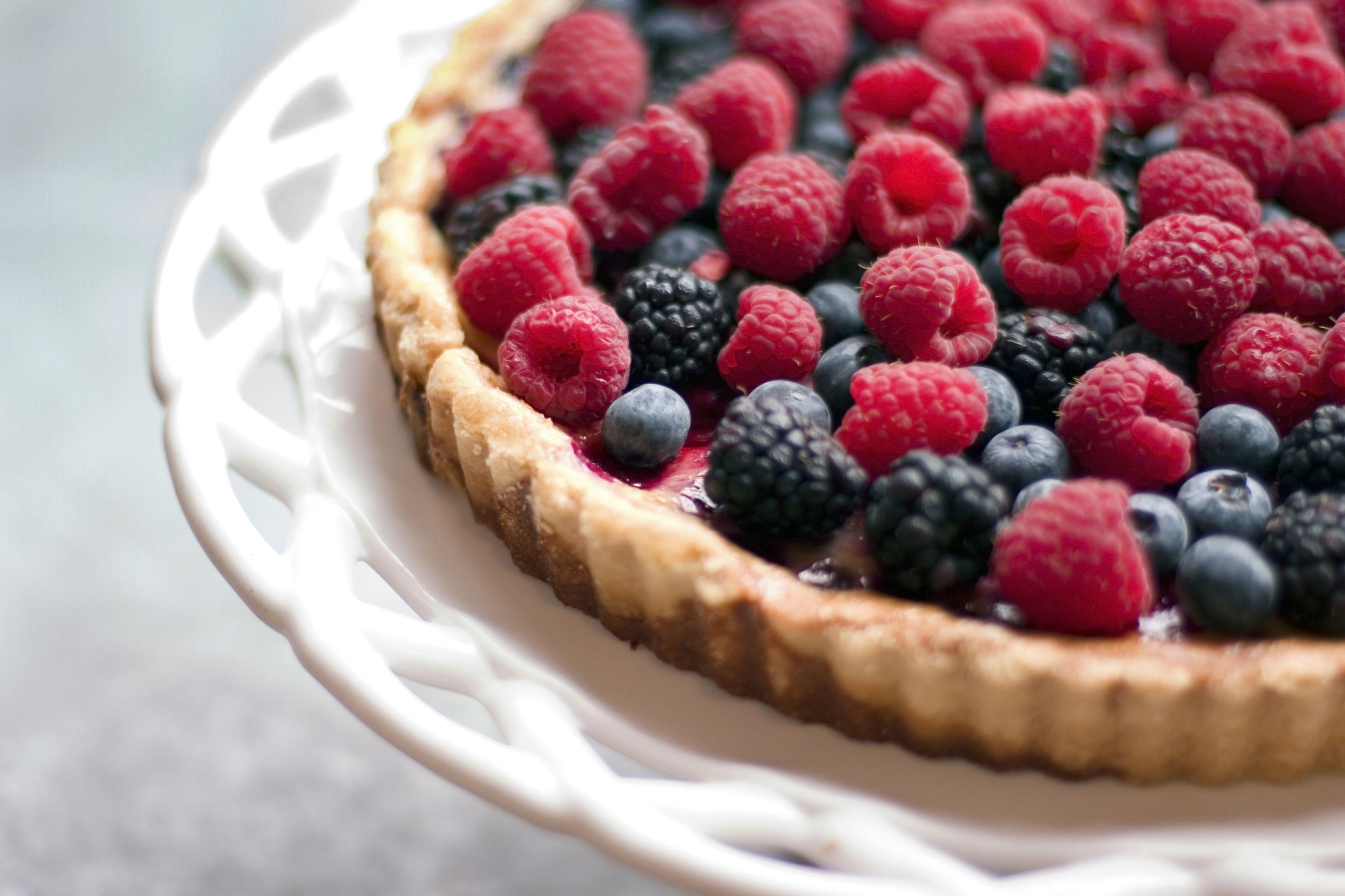 Easy Fresh Fruit Cake Recipe