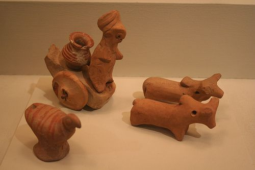 Votives/Toy Models, c. 2500. Hand-modeled terra-cotta figurines with polychromy. Brooklyn Museum.