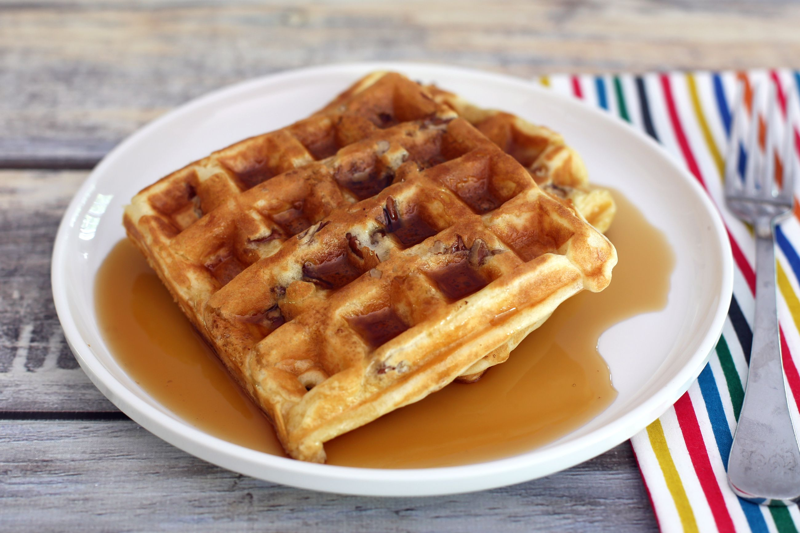 Fluffy Pecan Waffles Recipe