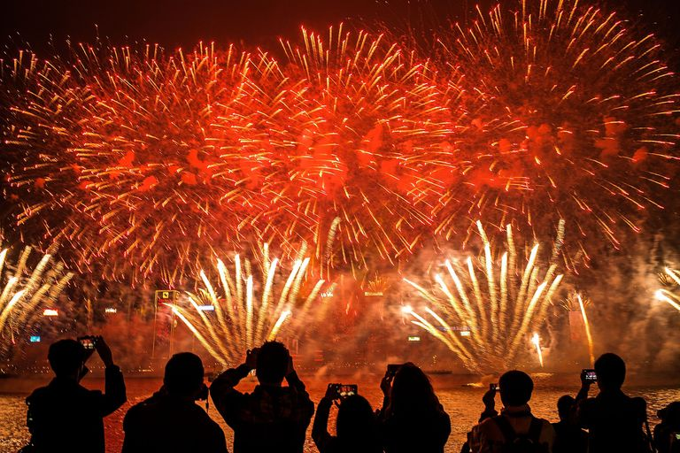 Hong Kongers Countdown To The New Year