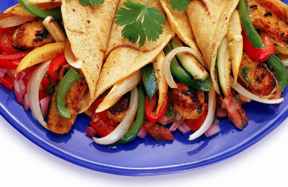 Easy Vegetarian Fajitas with Tempeh
