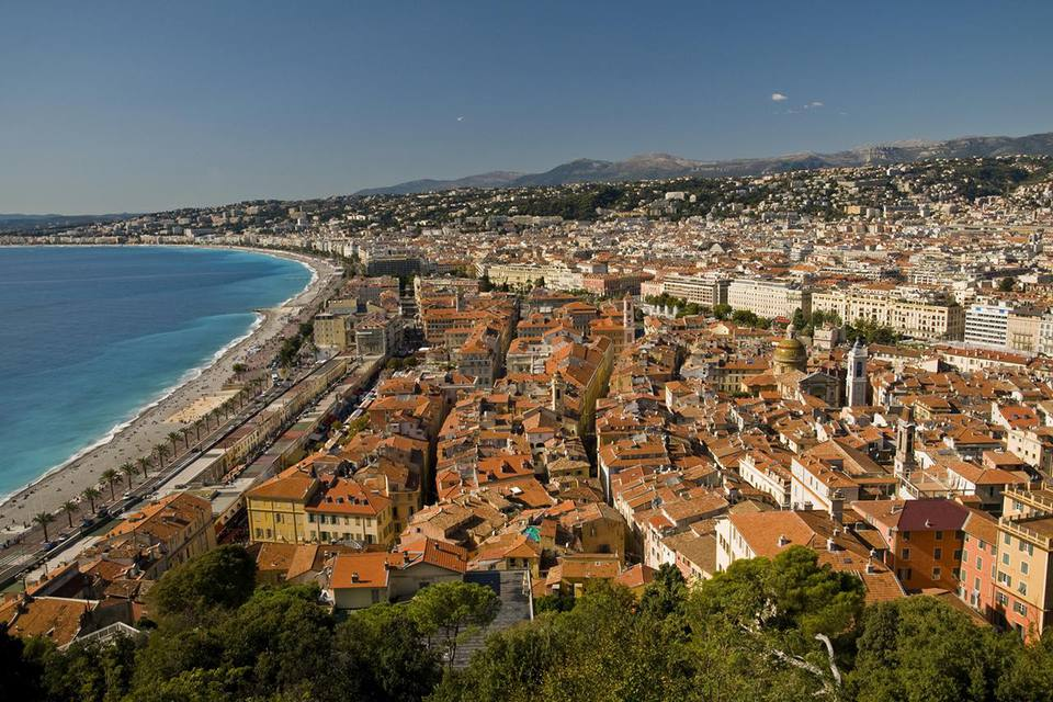 Looking over old Nice from Parc du Chateau.
