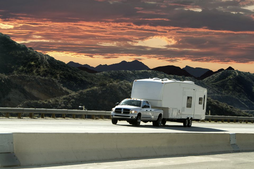 Towing a fifth wheel RV