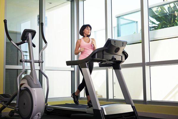 how to use a treadmill