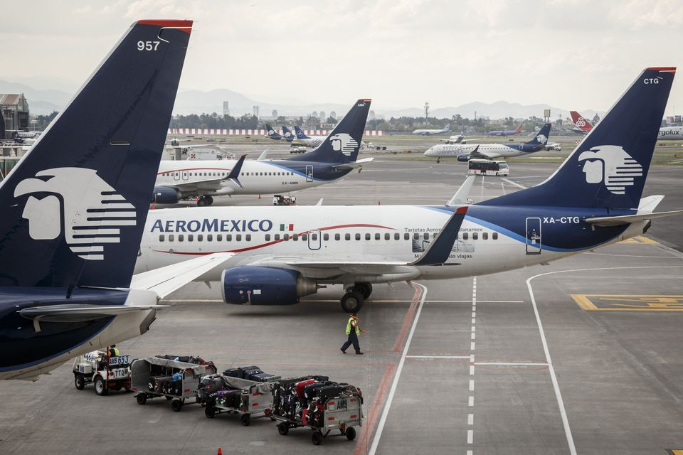 Aeromexico airplanes at Aeropuerto Internacional Benito Juarez