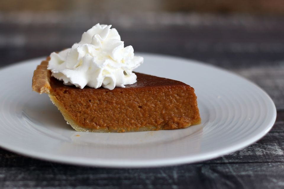 Pumpkin pie with molasses