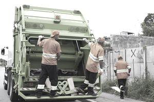 garbage men working