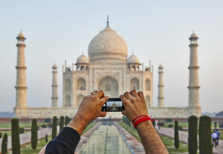 taking a video of the Taj Mahal