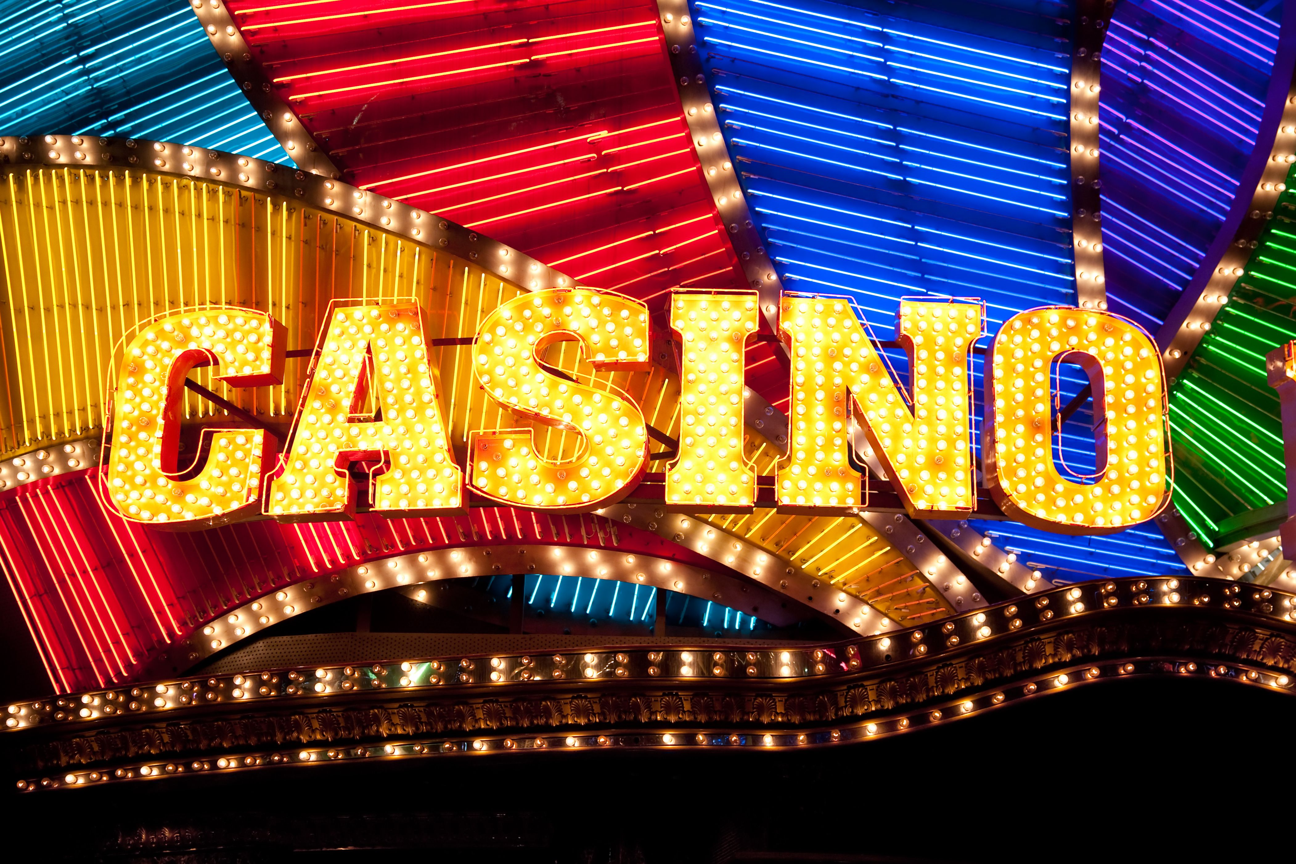 casino-sign-184296626-58993da25f9b5874ee
