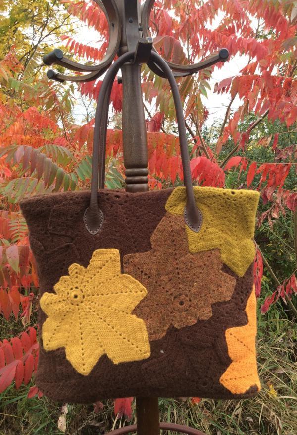 Chestnut Leaf Purse Free Crochet Pattern