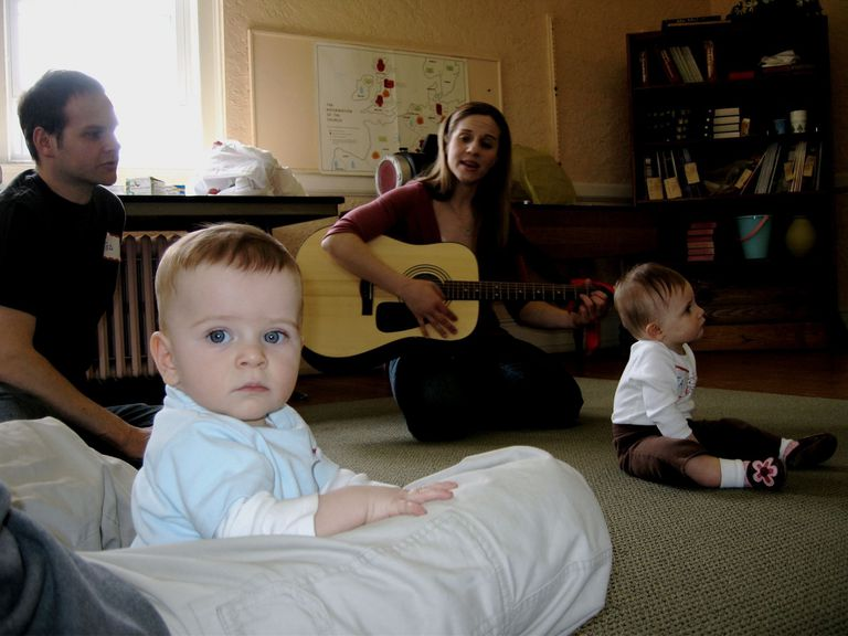 A picture of kids at a music class