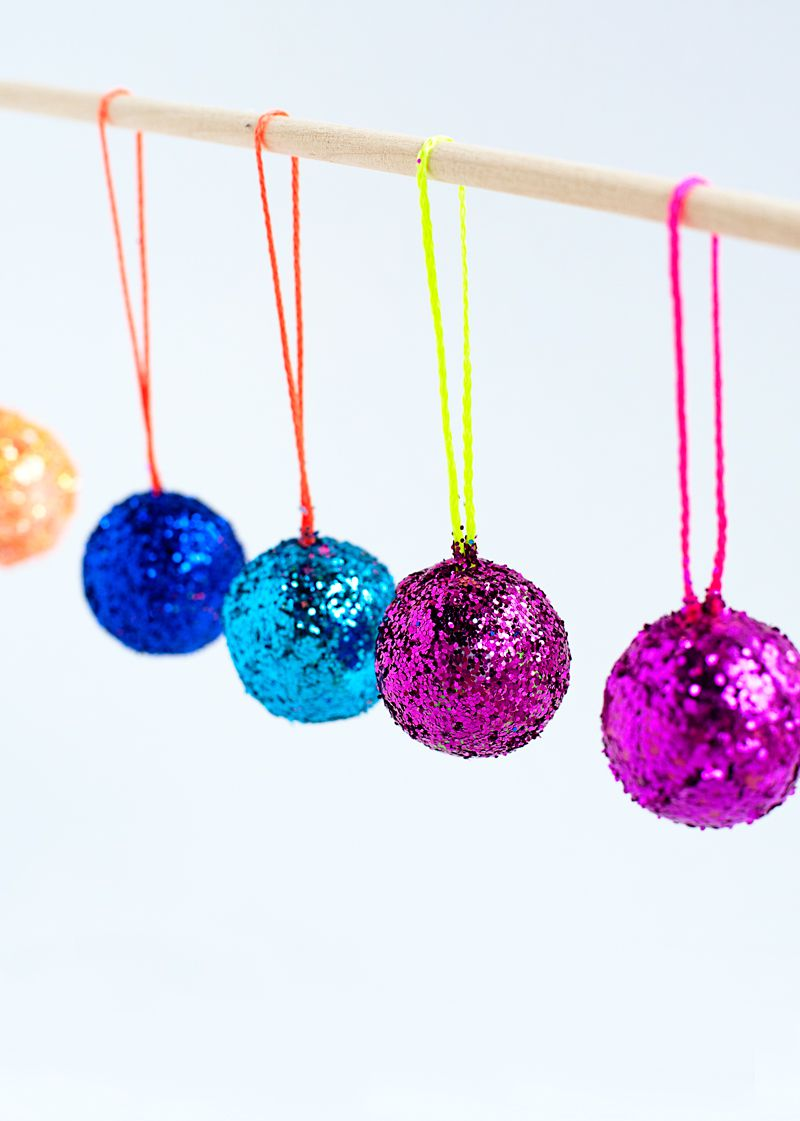 how to make a paper disco ball