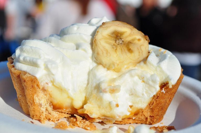 Banana cream tart close up