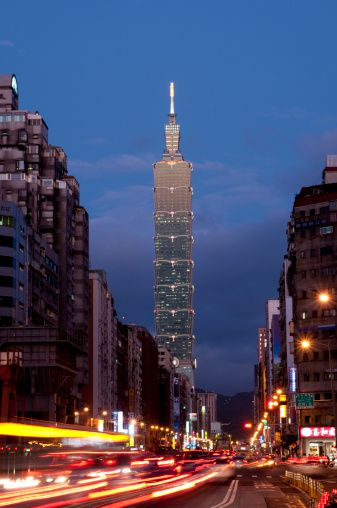 Taipei 101 is specially constructed to withstand earthquakes and typhoons