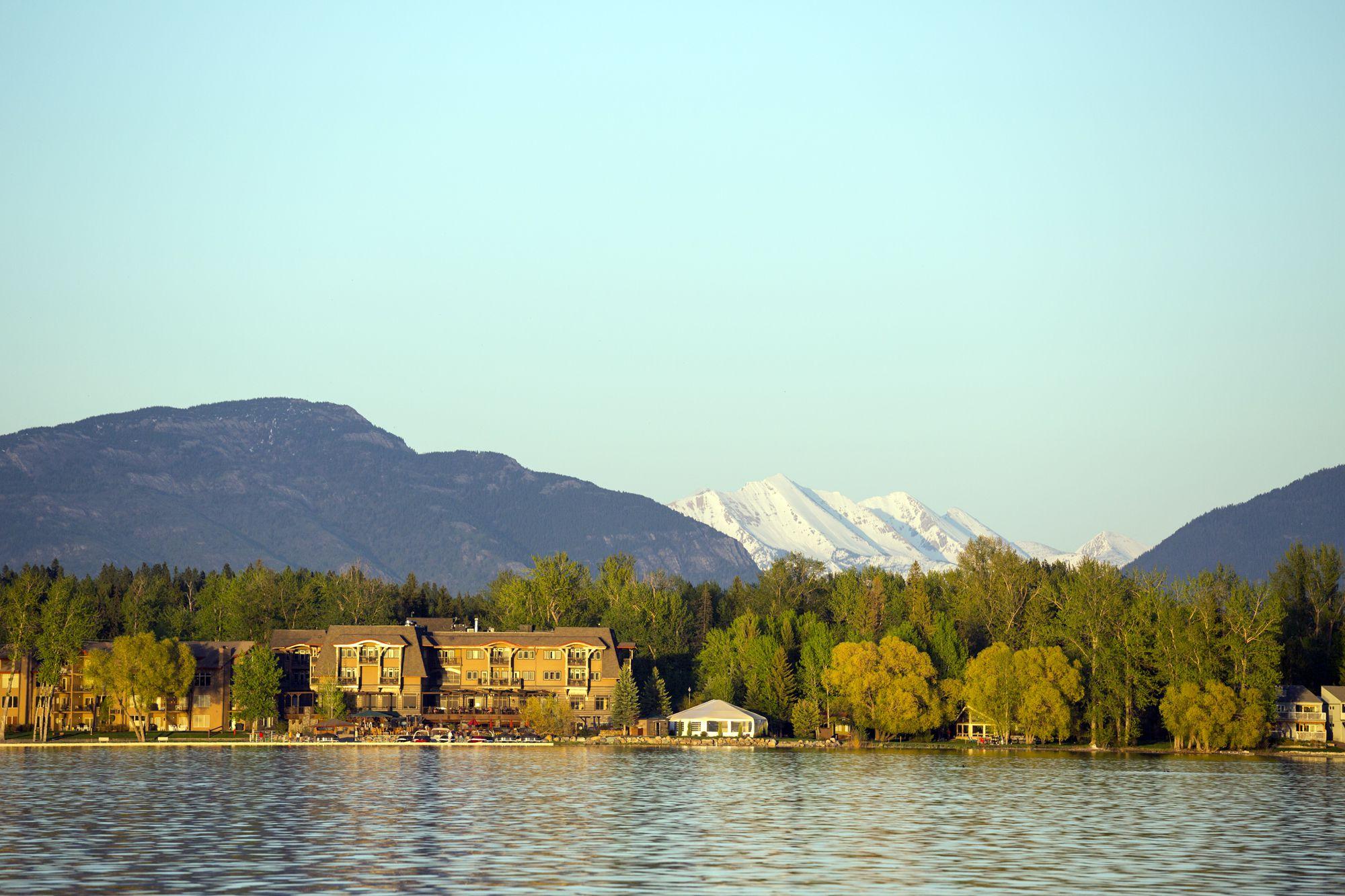 romantic getaways in montana. Black Bedroom Furniture Sets. Home Design Ideas