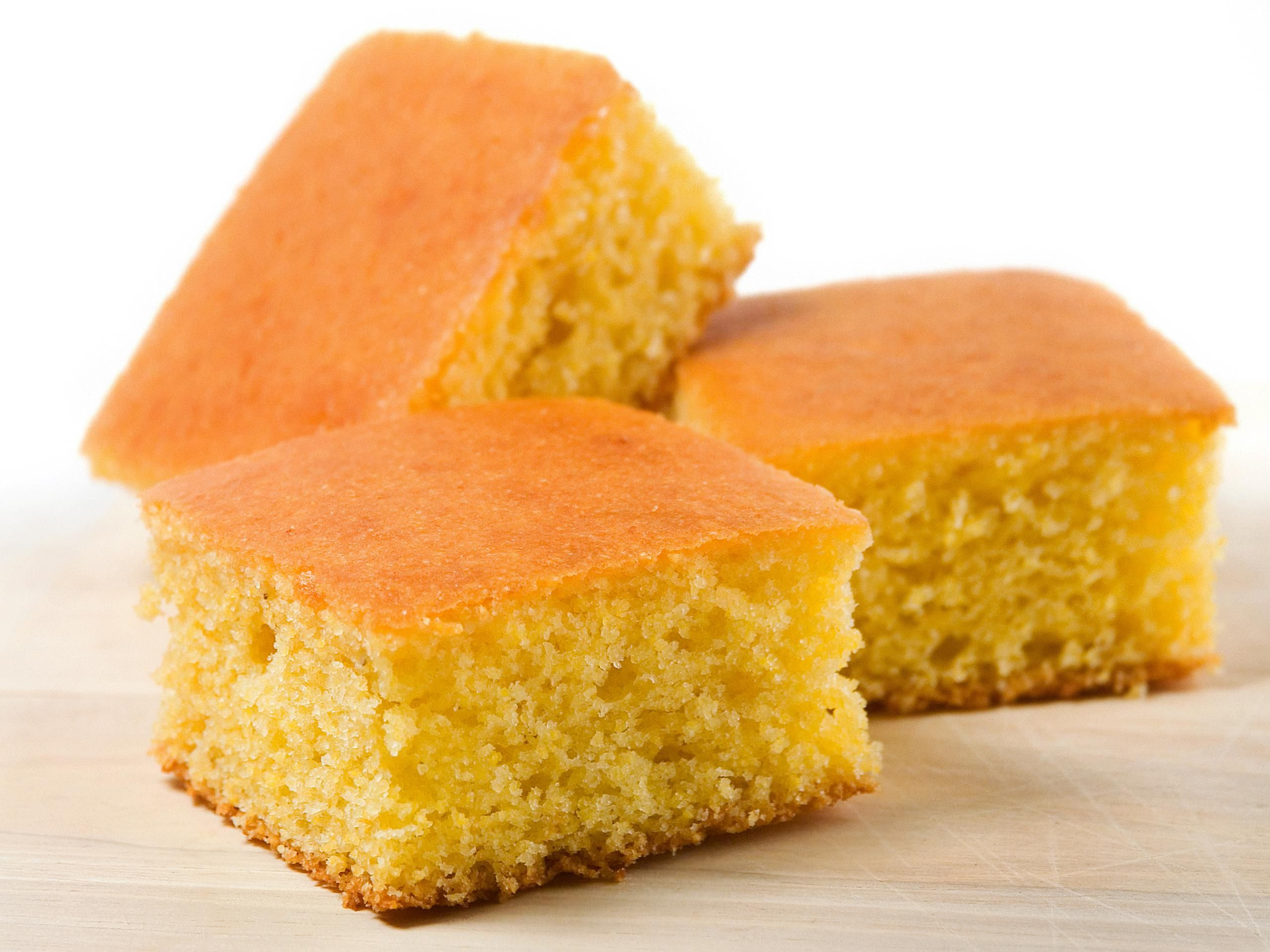 An Easy and Delicious Cornbread Recipe