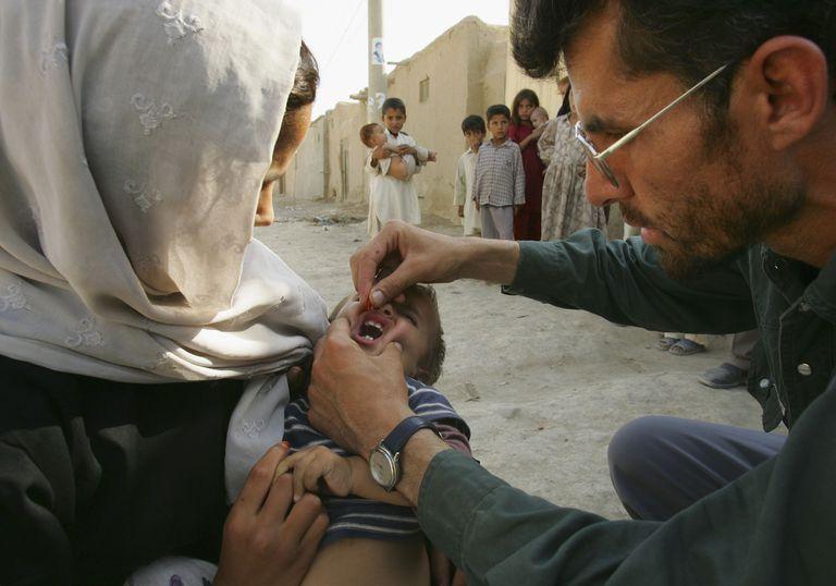 poliovaccinations.jpg