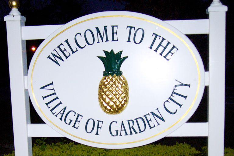 Garden City Welcome Sign