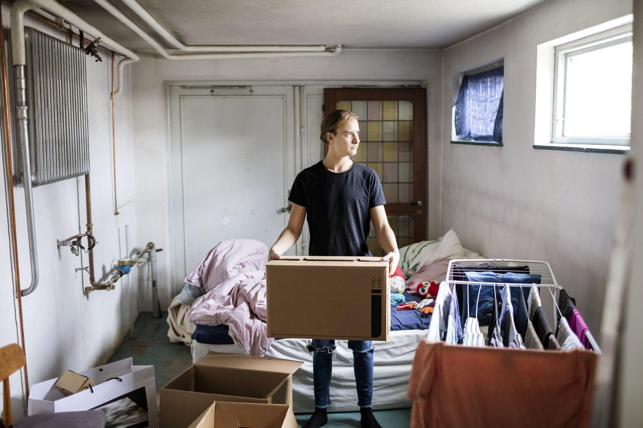 apartment manager duties