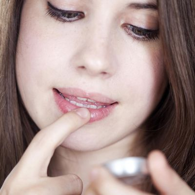 how to make lips appear fuller