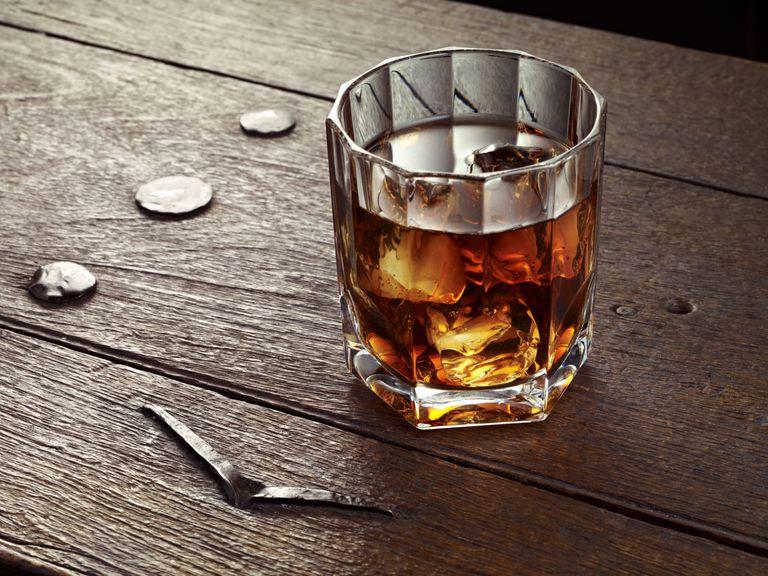 glass-of-whiskey_c_OsakaWayne-Studios_Getty.jpg