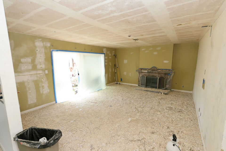 The Best Way To Remove A Popcorn Ceiling