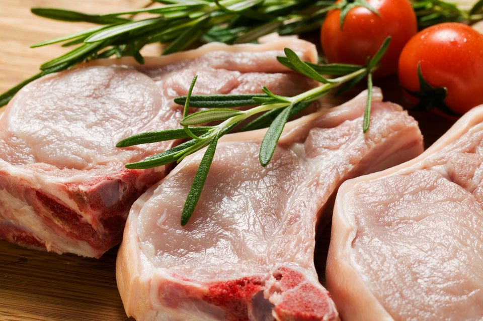 Pork Chops with Tomatoes and Herbs