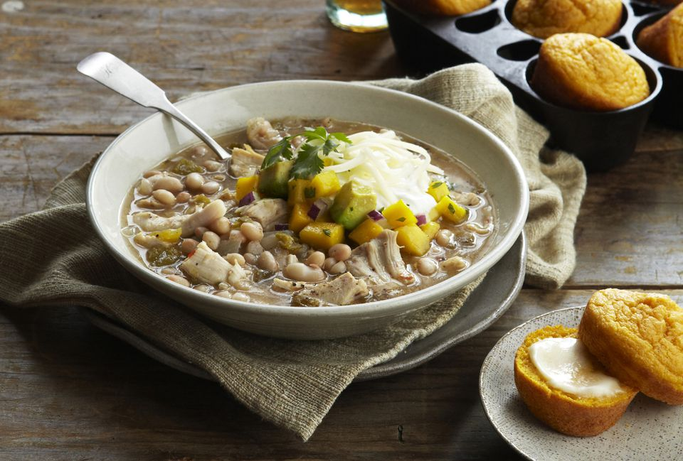 chicken chili with ornbread muffins