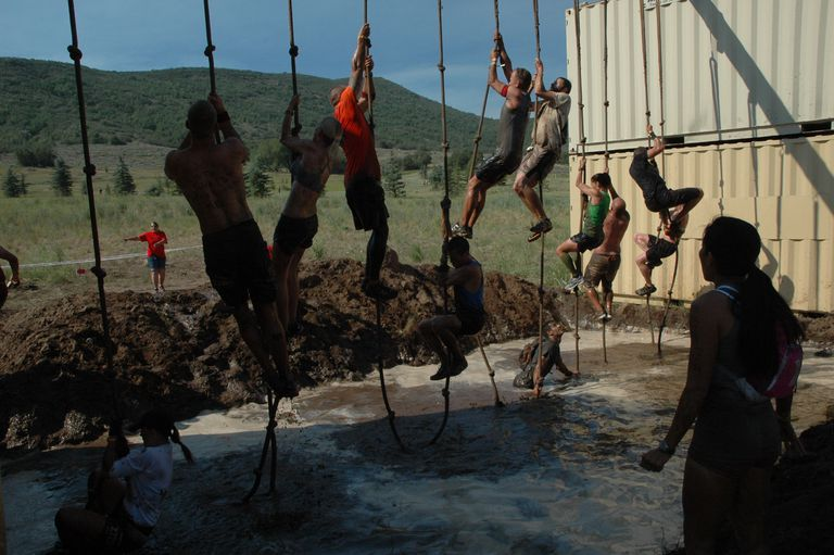 Obstacle Race Rope Climb