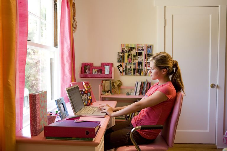 Your teen could talk to a therapist online.