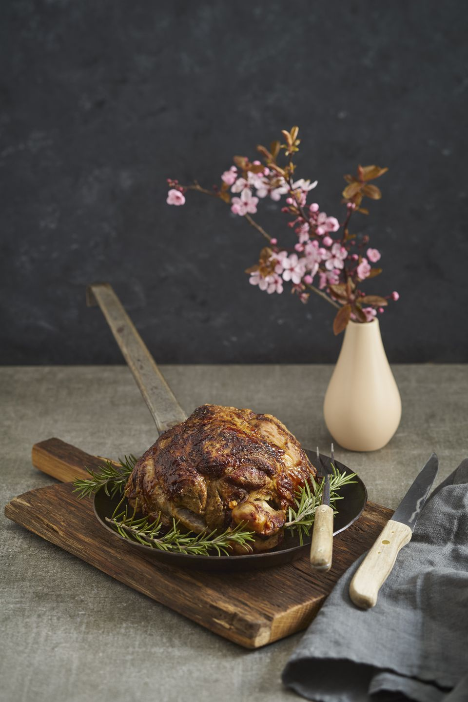 Middle eastern easter recipes a leg of lamb forumfinder Image collections