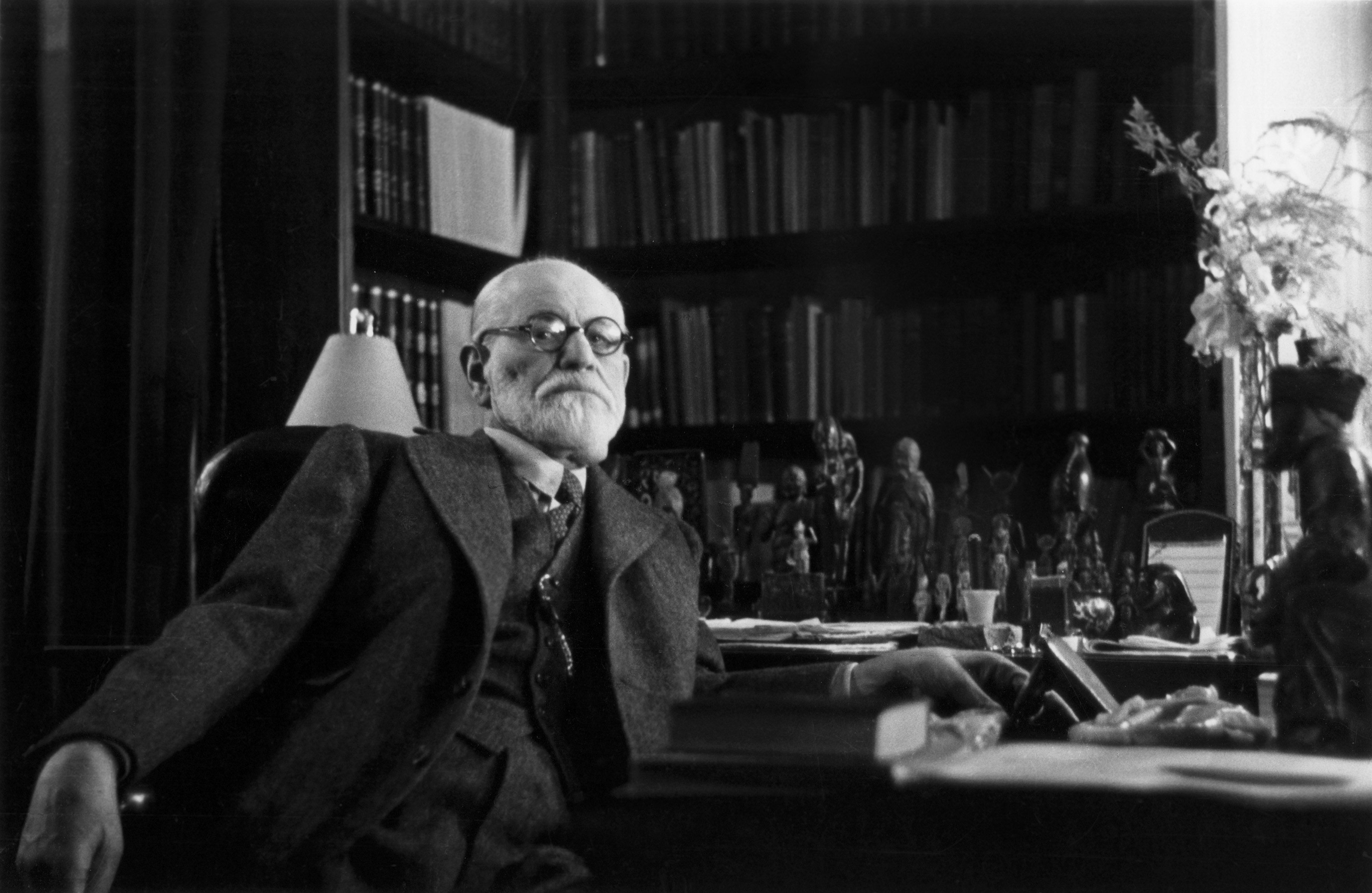 sigmund freud anxiety thesis Sigmund freud and otto rank: debates  anxiety freud  his reflections linked to the signal anxiety concept allowed freud to refute rank's thesis that defined.