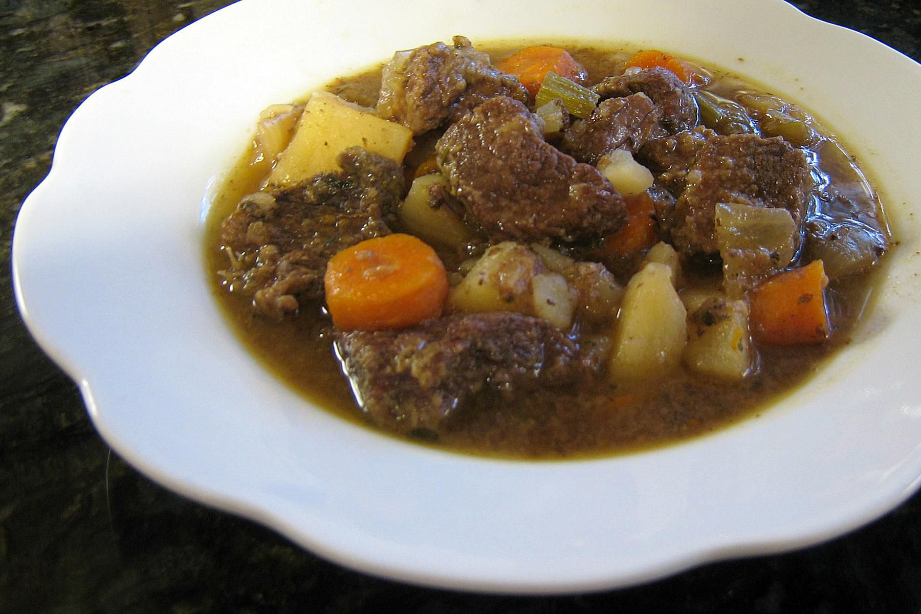 Slow cooker beef and beer stew recipe for Slow cooker fish stew