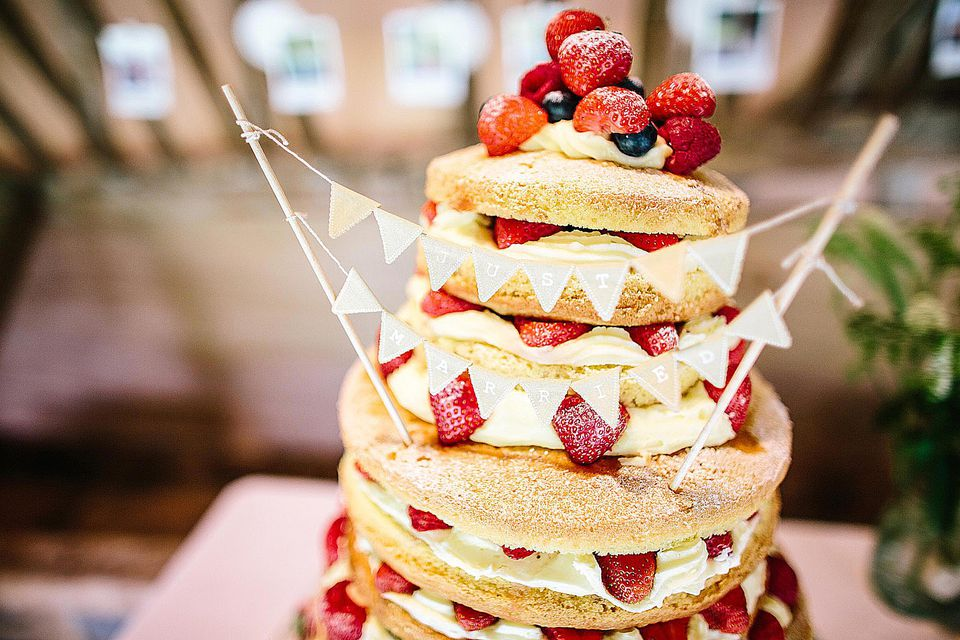 -traditional-sponge-cake