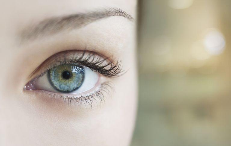 Maquillaje ojos verdes