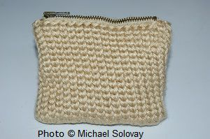 Pouch Made in Shallow Single Crochet Stitch