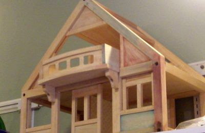A picture of a dollhouse