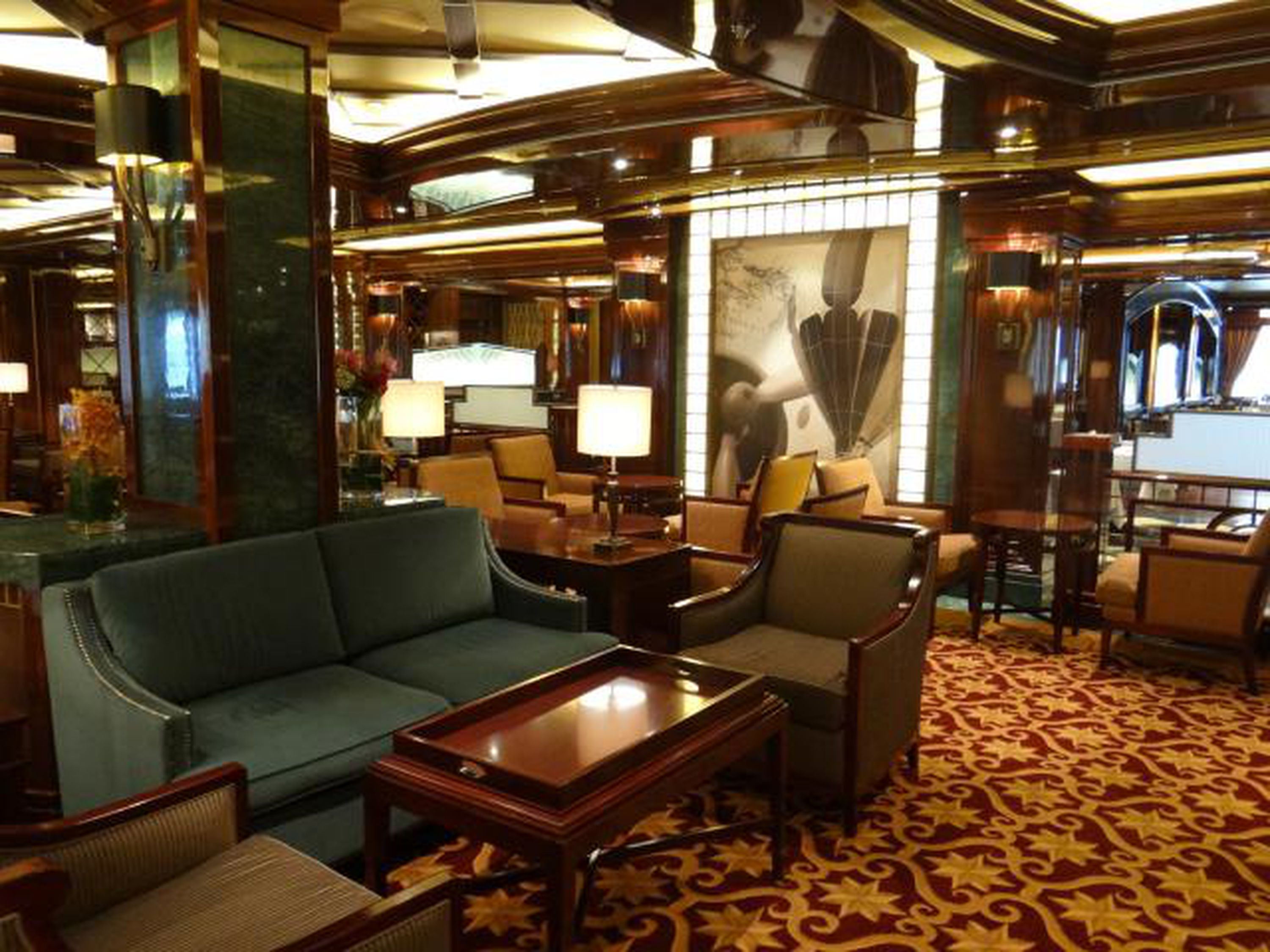 Bars And Lounges On The Regal Princess Cruise Ship