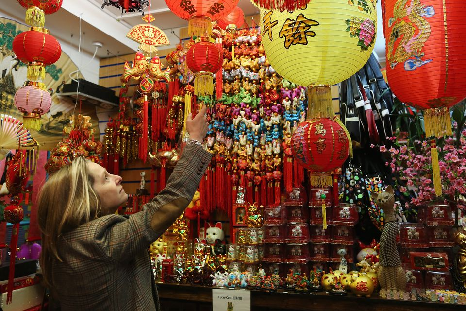 How to Have a Chinese New Year Party