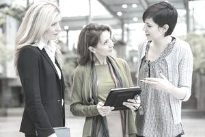A mid career transition to a mid level job in HR requires advice.