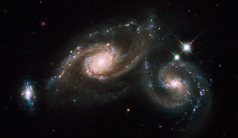 hs-2009-14-a-large_web_galaxy_triplet.jpg