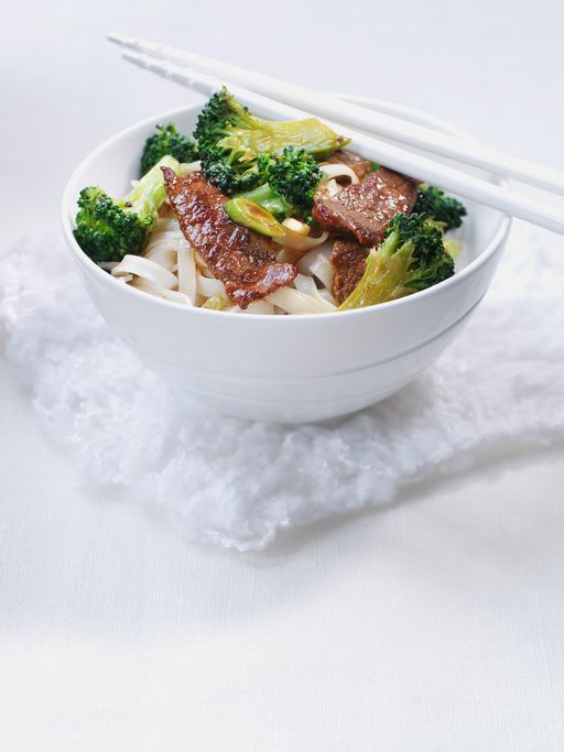Beef with broccoli stir-fry