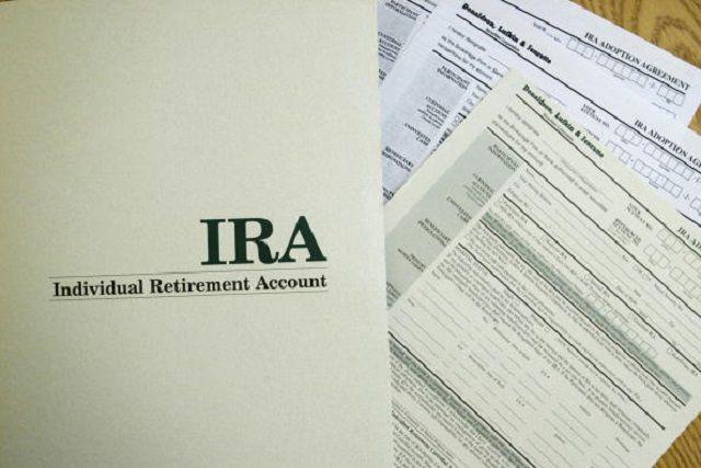 Should You Put Your IRA or 401(K) Into Your Trust?