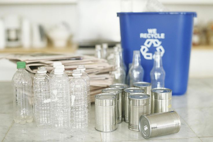 office kitchen receptacle bins handling garbage and recycling in your apartment